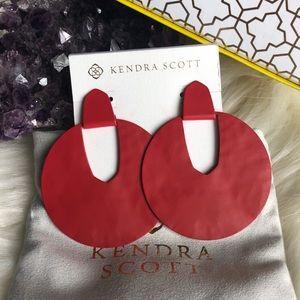 Kendra Scott Diane earrings